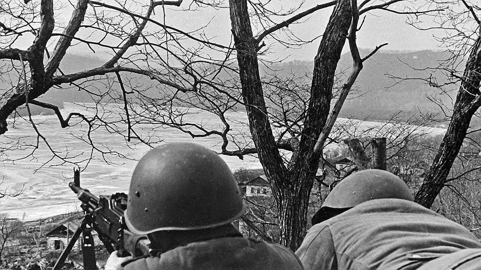 Imagini pentru conflictul chino sovietic 1969 photos