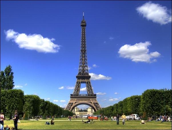 Slobozia Turnul Eiffel Turnul Eiffel Copiat in Fel