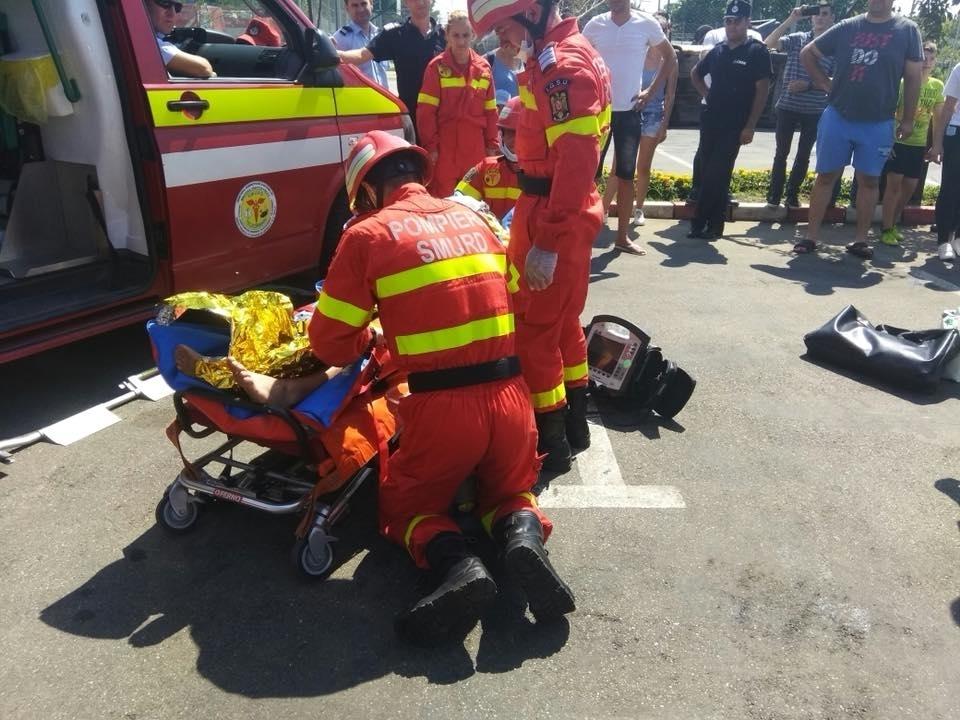 Accident cumplit la Brașov: cinci victime, dintre care doi copii morți, după ciocnirea a două mașini și a unei căruțe