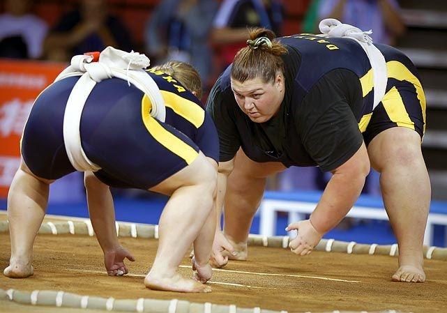 Imagini pentru femei sumo