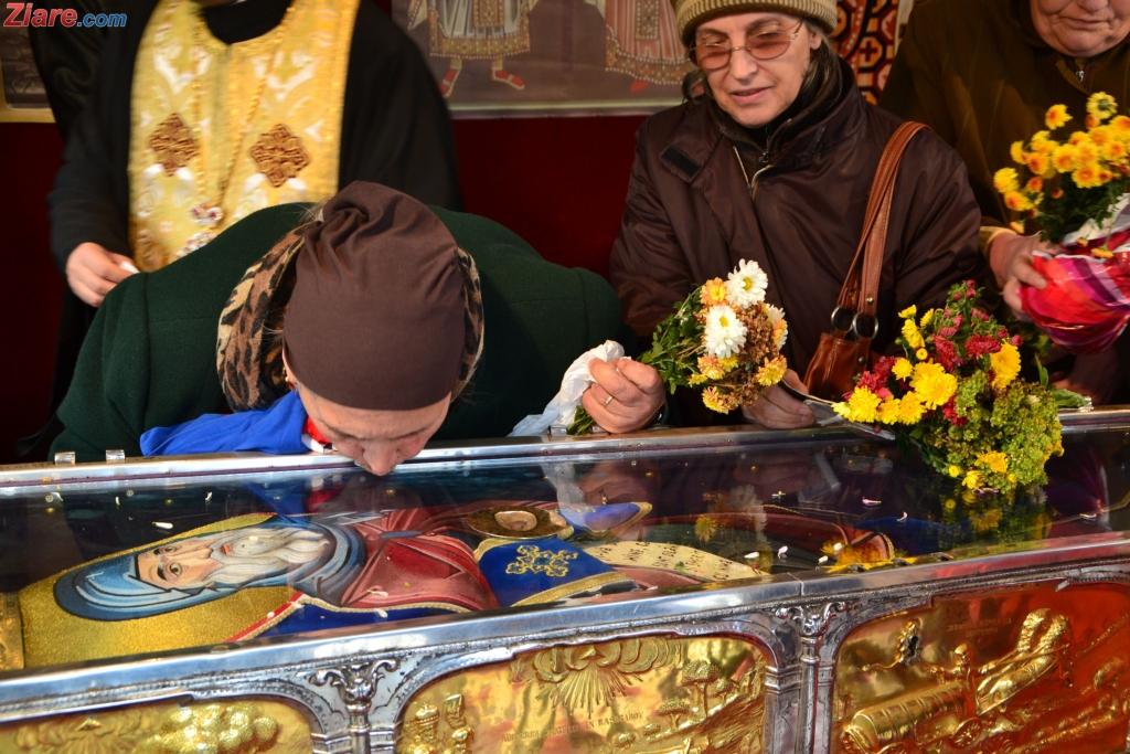 De ce sunt oamenii atrasi de religie: E buna si pentru pacifisti, si pentru razbunatori