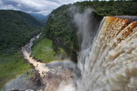 Cascade impresionante mai putin cunoscute (Galerie foto)