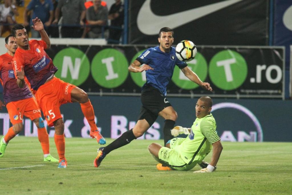 Scandal monstru la APOEL dupa infrangerea cu Viitorul: Antrenorul a fost dat afara! Un roman ii poate lua locul